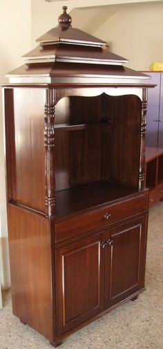 nice pooja cabinet on chippendale bangalore pooja cabinet pooja cabinet Living Room Partition Design, Pooja Room Door Design, Room Partition Designs, Mandir Design, Conservation, Home Temple, Puja Room, Indian Living Rooms, Hall Design