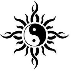 Yin And Yang Dragon Drawing _ Dragon Yin Yang Drawing Yin Yang Tattoos, Tatuajes Yin Yang, Sun Tattoos, Body Art Tattoos, Small Tattoos, Tatoos, Celtic Tattoos, Arte Yin Yang, Ying Y Yang