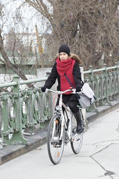 Wrap up warm and get out on your bike to enjoy the fresh air http://www.clasohlson.com/uk/b/Leisure/Bicycles