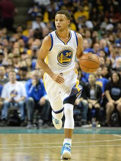 Warriors Guard Stephen Curry Named Kia NBA Most Valuable Player Stephen Curry Basketball, Nba Stephen Curry, Nba Basketball, Golden State Warriors Basketball, Curry Warriors, Nba Championships, Human Torch, Cute Toes