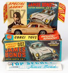 Lot 1709 - Corgi Toys, 261 James Bond