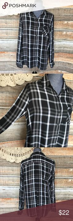 """Woolrich Black White Plaid Rayon Button Front Top Bust: 40"""" Length: 26""""  All my items have been freshly washed and steamed unless NWT or requires dry cleaning. If you have any questions, feel free to message me. Bundle two or more items and I'll send you a discount! Thanks for stopping by and have a lovely day! Woolrich Tops Button Down Shirts"""