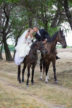 Google Image Result for http://us.123rf.com/400wm/400/400/pirotehnik/pirotehnik1106/pirotehnik110600076/9888413-bride-and-groom-in-forest-on-the-horses-and-kisses.jpg
