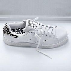 hot sale online 5815f 9f8c0 Stan Smith Zebre   tendance régressive avec le zèbre en plus Smith Adidas,  Adidas Femmes