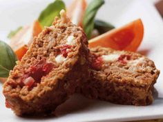 Täytetty mureke Meatloaf, Food And Drink, Cooking Recipes, Drinks, Drinking, Beverages, Chef Recipes, Drink