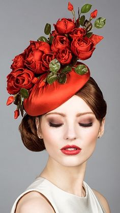 Rachel Trevor Morgan, S/S 2014. Silk taffeta beret pillbox with handmade roses.