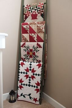 Displaying quilts - interesting use of a ladder | ReNew It ... : ways to display quilts - Adamdwight.com