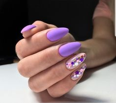 Want some ideas for wedding nail polish designs? This article is a collection of our favorite nail polish designs for your special day. Read for inspiration Purple Nail Designs, Nail Polish Designs, Nail Art Designs, Nails Design, Purple Nails, Black Nails, Purple Art, Wedding Nail Polish, Gel Nagel Design