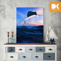 Deniz köşesine kılıç balığı kanvas tablo yakışır.