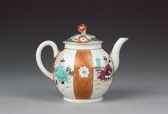 Teapot and cover Scarlet japan ground,, coloured Chinese figs