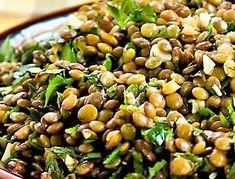 libanoni_lencsesalata_ Fresco, Lentil Salad Recipes, Brown Lentils, Lebanese Recipes, Fresh Mint, Meal Planner, Calorie Diet, Fresh Herbs, Vegan Gluten Free