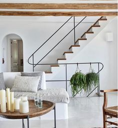 Contemporary home decor gorgeous rustic villa with influences art of and house design modern ideas Contemporary Interior Design, Modern House Design, Contemporary Stairs, Contemporary Building, Contemporary Apartment, Minimal Home Design, Contemporary Furniture, Modern Condo, Modern Apartments