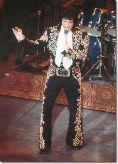 Elvis Presley : August 31, 1973 DS. Las Vegas, NV.