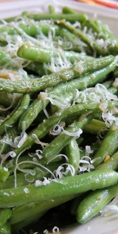 Parmesan & Garlic Green Beans. YUM!
