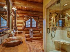 918-Acre Dream Retreat Available In Washington State For $11-Million (PHOTOS) - Pricey Pads Rustic Bathrooms, Resort Style, Outdoor Entertaining, Washington State, Country Living, Beautiful Gardens, Acre, Luxury Homes, Bungalow