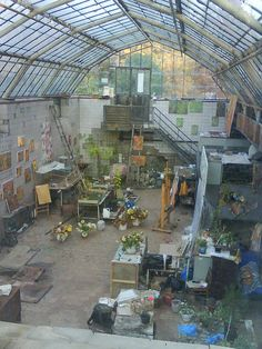 Autumn Art Studio.  Magic, undiscovered place inside Kiev Botanical Garden.