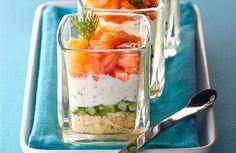 Bicchierini di salmone e cetriolo