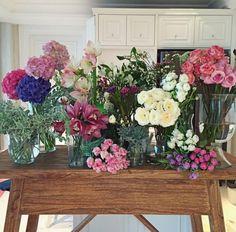 Reds and pinks arrangement display