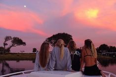 summer goals for girls Cute Friend Pictures, Best Friend Pictures, Friend Pics, Bff Pics, Summer Vibes, Summer Nights, Summer Goals, Summer Aesthetic, Orange Aesthetic