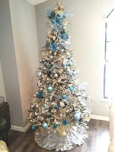 My teal and champagne Christmas tree Champagne Christmas Tree, Teal Christmas Tree, Gold Christmas Decorations, Xmas Trees, Beach Christmas, Silver Christmas, All Things Christmas, Christmas Time, Christmas Wreaths