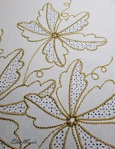 Embroidery Leaf, Bead Embroidery Patterns, Machine Embroidery Projects, Hand Embroidery Designs, Machine Quilting, Embroidery Stitches, Bordado Floral, Yarn Thread, Applique Quilts