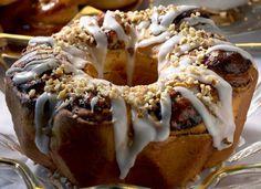 Almond plum pastry/Manteli-luumupulla