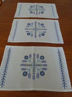 Vintage Swedish linen placemats / Mid century by Scandivintage, $20.00