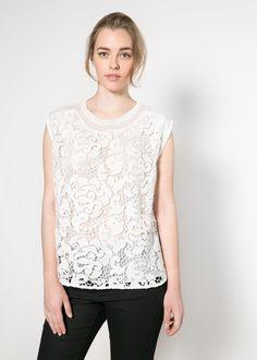 Crochet front blouse (sleeveless, ribbed round neck, side slit hem, chiffon with crochet)