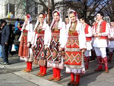Traditional Macedonian dancers-Yes my mom made us dress like this and learn how to do this! Antigua Yugoslavia, European Tribes, Macedonian Food, Costumes Around The World, Folk Costume, Albania, Traditional Dresses, Montenegro, Kimono Top