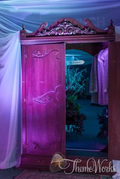 Invite your guests through to wardrobe to celebrate in the winter wonderland of Narnia