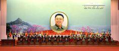 위대한 령도자 김정일동지께서 선군혁명령도의 첫 자욱을 새기신 56돐경축 중앙보고대회 진행