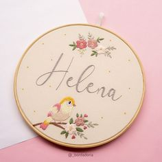 @_bordadoria • Fotos e vídeos do Instagram Hand Embroidery Patterns Free, Hand Embroidery Videos, Embroidery Flowers Pattern, Learn Embroidery, Hand Embroidery Stitches, Embroidery Hoop Art, Name Embroidery, Creations, Type 3
