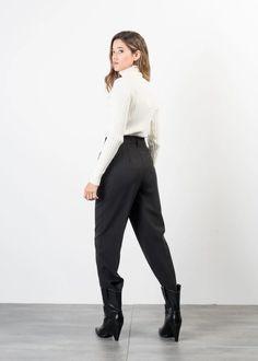 PANTALON AMPLE Trousers, Pants, Fashion, Woman, Trouser Pants, Trouser Pants, Moda, Fashion Styles, Women's Pants