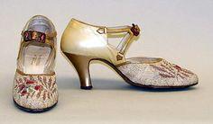 (via The Metropolitan Museum of Art - Shoes)