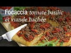 Focaccia tomate basilic et viande hachée - recette Italienne : CuisineAZ