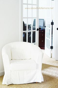 How to organize the master bedroom | A Bowl Full of Lemons - need a tub chair cover like this!