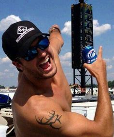 Luke Bryan  Damn, he's hot