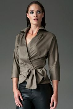 Experts in Women's Shirts & Blouses. Quality Shirts For Women. Find the best selection of women's classic shirts. Island Wear, White Shirts Women, Grey Pencil Skirt, International Fashion, Work Attire, Shirt Blouses, Red Shirt, My Style, Outfits