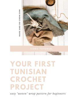 Easy Beginner Crochet Patterns, Tunisian Crochet Patterns, Crochet For Beginners, Crochet Triangle Scarf, Scarf Crochet, Crochet Mitts, Free Crochet, Make And Do Crew, Diy Crochet Projects