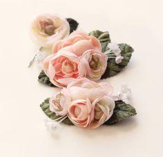 Pastel flower clip set, Ranunculus hair clips, Pink flower headpiece, bridal hair accessory, wedding flower clips, Pink green, spring garden