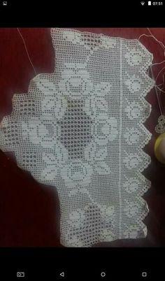 Filet Crochet, Knit Crochet, Bedding Sets, Diy And Crafts, Crochet Patterns, Knitting, Rose, Ideas, Crochet Table Runner