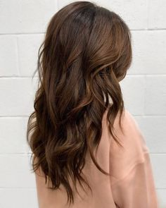 15 Best Medium-Brown Hair Colors for Every Skin Tone in 2021