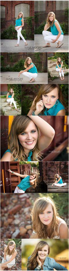 Solo portrait posing  Senior Girl | Chicago Christian High School | Senior Portraits | Susie Moore Photography