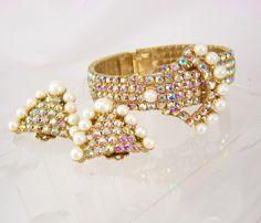 Vintage Statement buckle bracelet over 200 RHINESTONES and earrings...