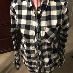 Cute Plaid Top Very soft and comfortable top. Could be cute with jeans, leggings or shorts and a pair of boots for winter. Comes from a smoke free home. Love Culture Tops Button Down Shirts