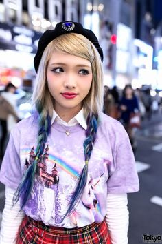 Ezaki Nanaho is an Egg Magazine reader model who is now working at the popular Nadia Harajuku boutique. Her look here includes pretty blue ombre/dip dye hair, a unicorn t-shirt, plaid resale skirt & ballet flats. Japanese Streets, Japanese Street Fashion, Tokyo Fashion, Harajuku Fashion, Kawaii Fashion, Asian Fashion, Gyaru Fashion, Runway Fashion, Estilo Harajuku