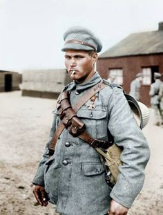 PORTUGESE SOLDIER WITH WAR CROSS