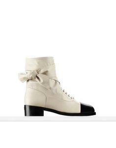 The latest Handbags collections on the CHANEL official website Black Ankle Boots, Black Booties, Leather Ankle Boots, Black Shoes, Beige Boots, Coco Chanel, Chanel Style Jacket, Zapatos Shoes, Women's Shoes