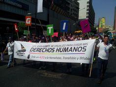 Lisseth Boon / @boonbar Un alto a la discriminación y reivindicación a los derechos civiles de la comunidad de lesbianas, gay, bisexuales, transexuales e intersexuales (LGBTI) de Venezuela marcó la cuarta caminata contra la homofobia, transfobia y bifobia que tuvo lugar en Caracas el domingo 17 de mayo de 2015, en sintonía con más de … Broadway Shows, Gay, Equal Rights, Civil Rights, Human Rights, May 17, Lgbt Community, Lesbians, Caracas