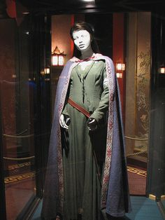 """From """"The Chronicles of Narnia: The Lion, the Witch and the Wardrobe"""" (2005) worn by Anna Popplewell as Susan Pevensie design by Isis Mussenden"""